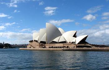 Karizmatic - Sydney Opera